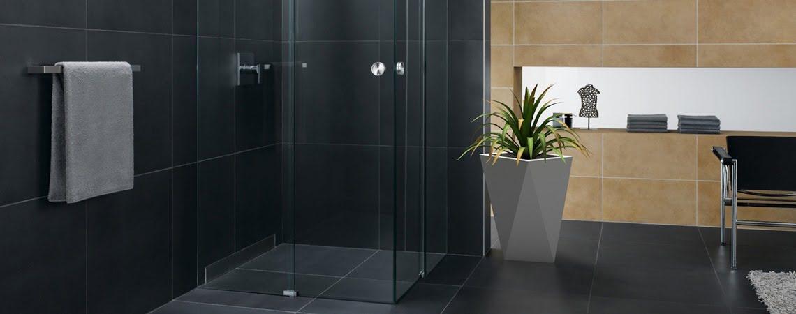 Biała donica vaso- aranżacja łazienki
