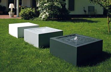 Fontanna ogrodowa nowoczesna na tarasie